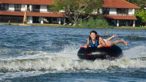 donut-boat-ride-srilanka-1
