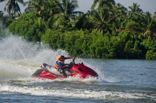jetskiing-srilanka-negombo-7