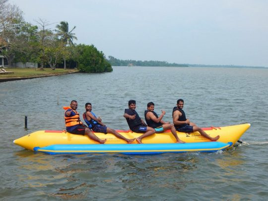 Banana-Boat-ride-nigombo-srilanka (19)