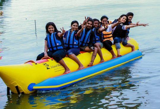 Banana-Boat-ride-nigombo-srilanka (23)