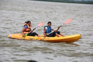 Kayaking-and-Canoing-in-nigombo-srilanka (3)